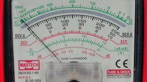 Pantalla-multimetro-analogico